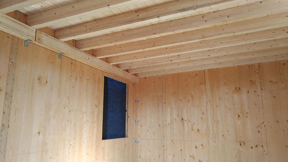 Tetto e pareti in legno